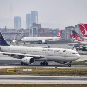 #طيران_الإمارات.. أول ناقلة تخضع المسافرين لفحص كورونا ميداني سريع