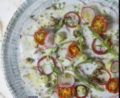 مطعم آيزا يفتتح أبوابه ويقدم تجربة ضيافة أصيلة من المطبخ اليوناني المتوسطي