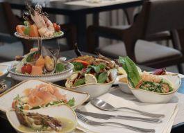 تحديث مطعم سفن لعروض ليلة المأكولات البحرية مع وجبات رائعة، على الطراز العائلي