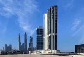 فندق وأجنحة أڤاني بالم ڤيو دبي يقدّم باقة إقامة مميزة على مدار العام