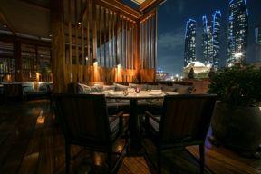هاكاسان أبوظبي في قصر الإمارات يعيد افتتاح تراسه الشهير