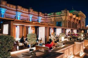 هاكاسان أبوظبي في قصر الإمارات يــطلق قائمة عامه الـ 20 الاحتفالية