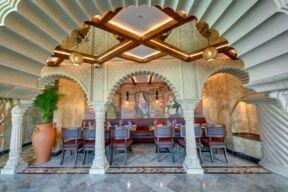"""فندق ديوكس النخلة دبي يحتفل بمهرجان الأضواء """"ديوالي"""""""
